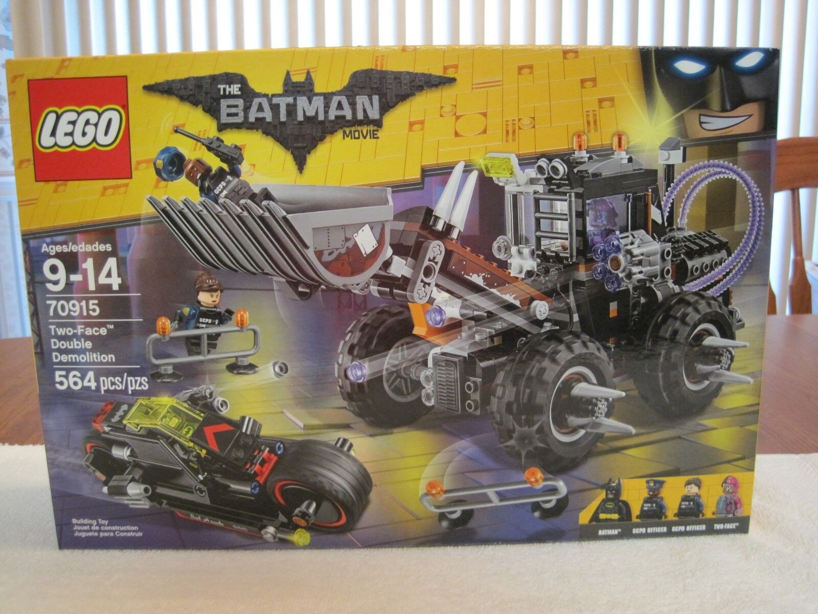 2017 LEGO THE BATMAN MOVIE TWO-FACE DOUBLE DEMOLITION--NEW-FACTORY SEALED