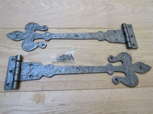 Paire de 45.7cm Fleur Lys Fonte Porte Charnières en T Anglais Ancien Chalet