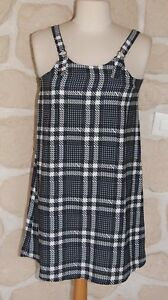 Robe-noire-et-blanche-neuve-taille-11-12-ans-marque-degriffee-b