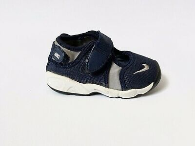 Nike Little Rift Navy \u0026 Grey Strap