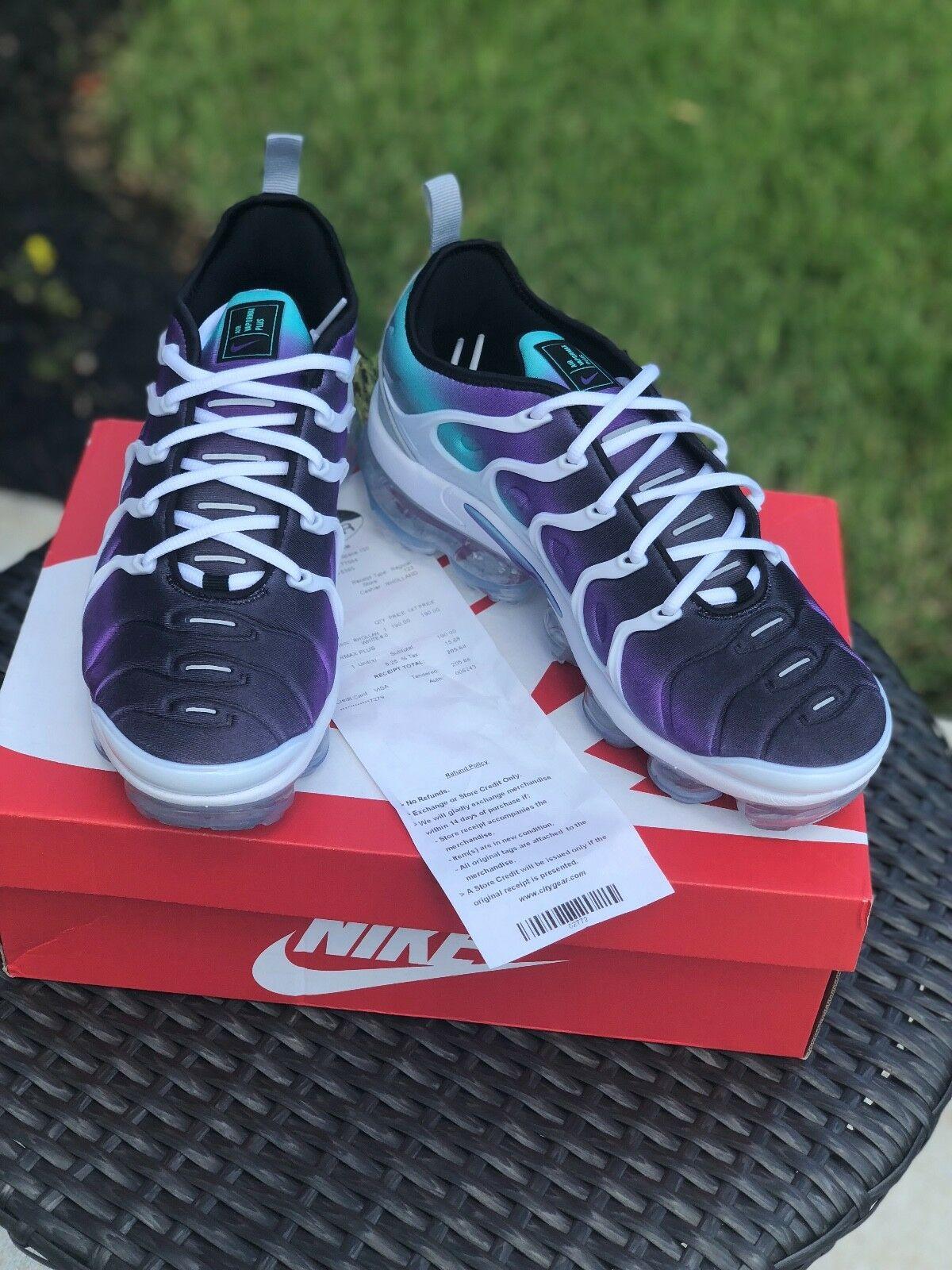 New Nike Air Vapormax Plus White/ Fierce Purple Size 8 w/ receipt