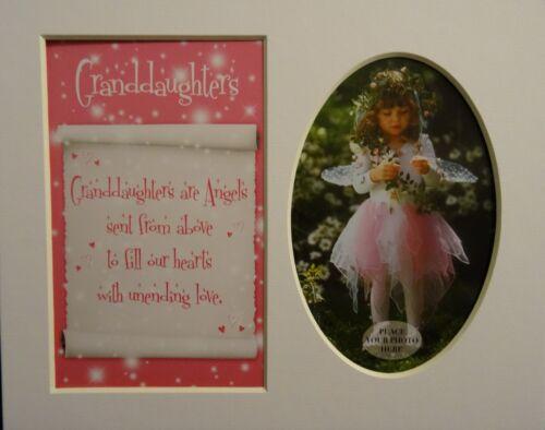 """/""""ses petites-filles/"""" Keepsake photo mount to fit 8 /""""x 10/"""" Chambre Salon Maison"""