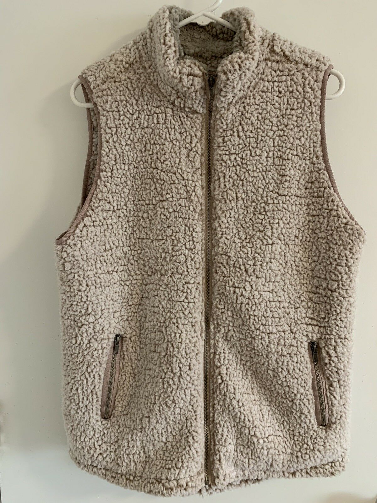 Women's Thread & Supply Sherpa Arctic Arctic Arctic Size Large Vest bluesh Pink NWT SOLD OUT 1038ce