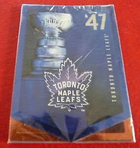Nice-Sealed-Pack-of-Beer-Promo-Hockey-Cards-NHL-Toronto-Maple-Leafs