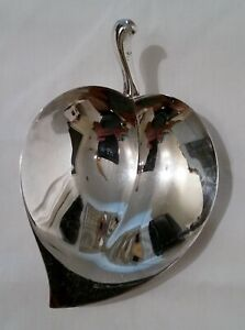 Vintage FB Rogers Silver Co 1883 Feuille Ballon Footed Bowl bijou Vanity Candy dish
