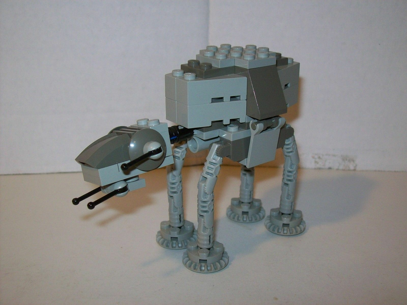 LEGO LEGO LEGO Star Wars - Rare Mini 4489 AT-AT - Complete - 98 pieces 10179 d0a5f5