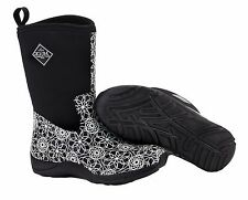 *NEW IN BOX* Muck Women's Arctic Weekend Casual Winter Boot White Swirl Size 9