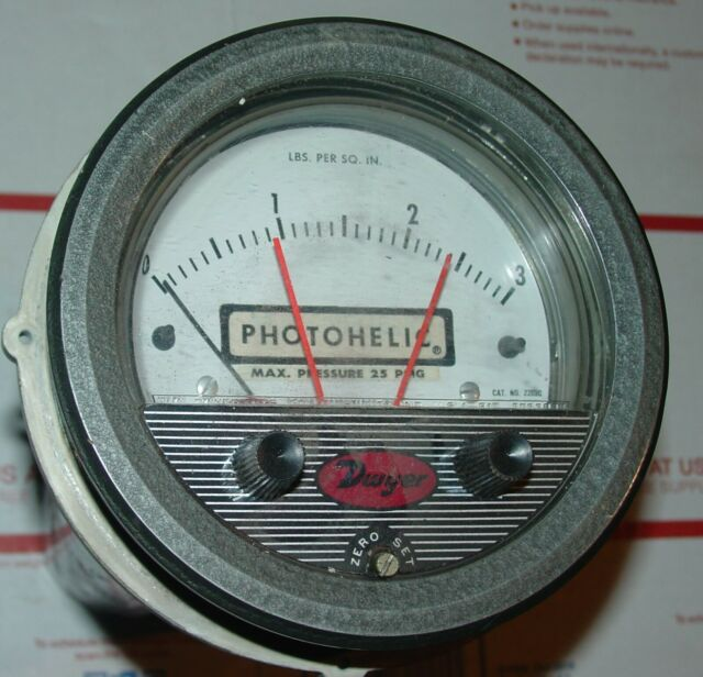 Dwyer Magnehelic Series 2000 Differential Pressure Gauge Range 0-100WC