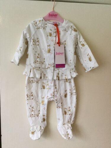 Bnwt Ted Baker Bunny Vlr Sleepsuit Set Size 0//3 Months Fantastic Gift