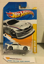 BMW Z4 M #18 White * Premiere Card * Hot Wheels 2012 * W54