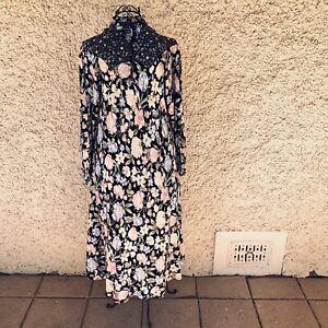 Vintage-1970s-DL-Barron-London-Floral-Long-Sleeve-Prairie-Cottage-Core-Dress