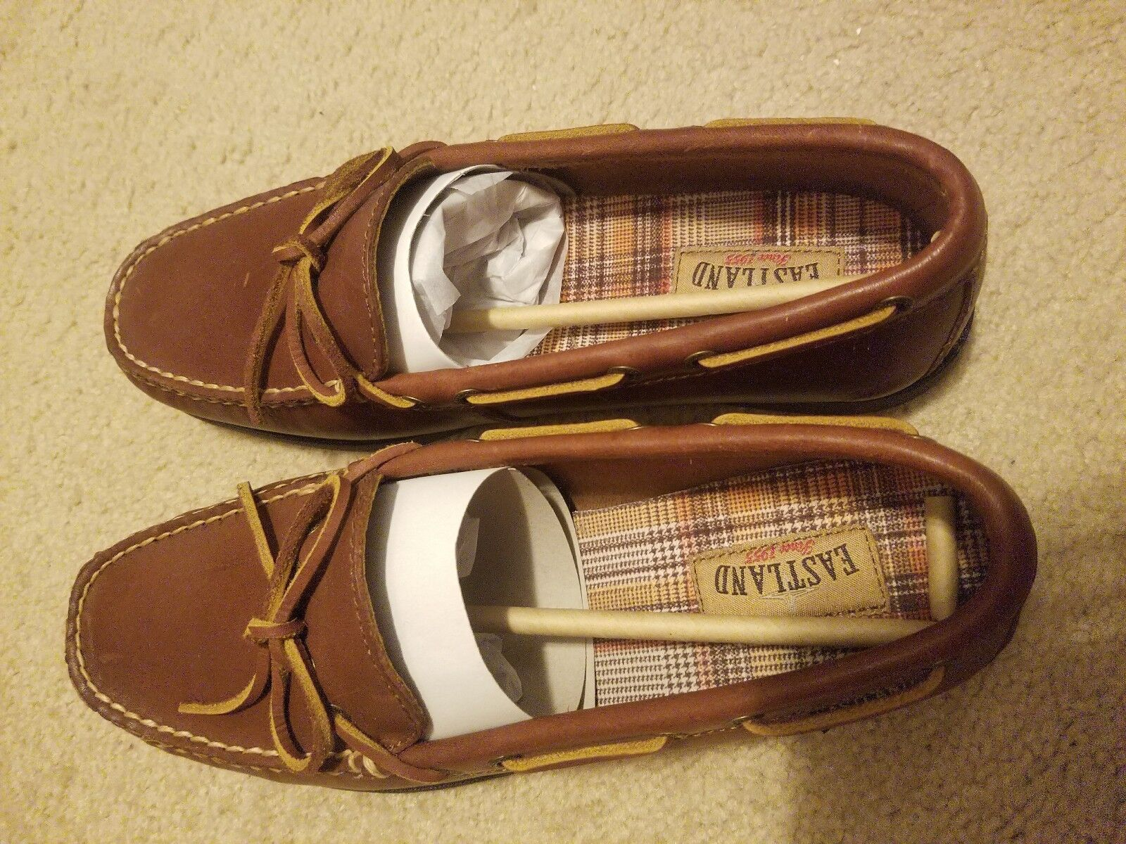 Women's Eastland Slip on shoes.  Yarmouth. New. NWB. Tan color