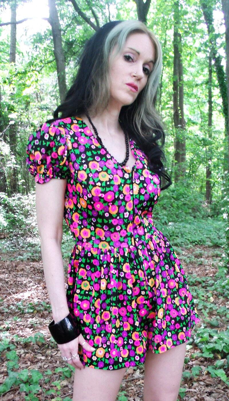 VTG 60s romper one piece shorts set Sz S M mod retro floral print outfit