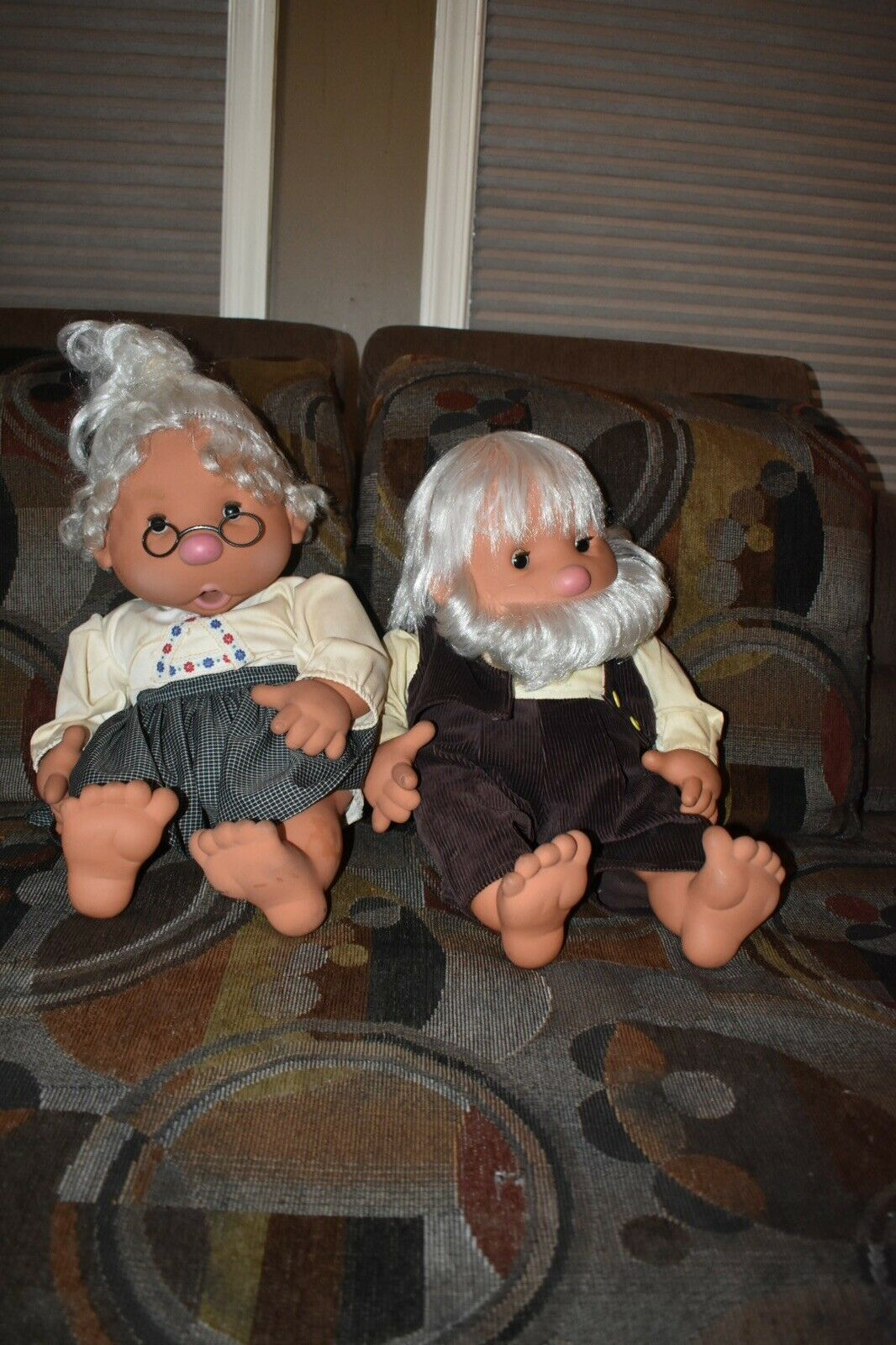 Bambo Thumb Sucking Grandma and Grandpa Dolls by Vicma Made in Spain 1984