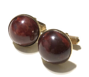 Vintage-Swank-Domed-Marbled-Red-Bakelite-and-Gold-Tone-Cuff-Links