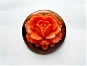Beautifully carved vintage root beer Bakelite floral brooch