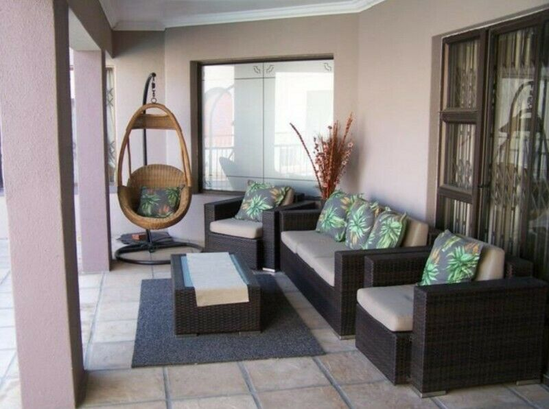 4 Bedroom House For Sale In Panorama, Parow - Agent Name: Jeneveve Stroebel