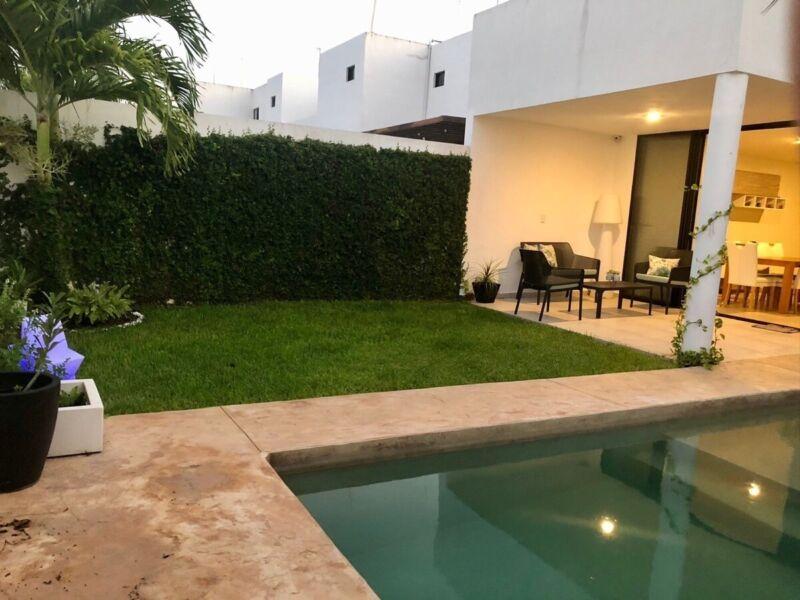 Casa en venta Privada Fontana Equipada Mérida Yucatán