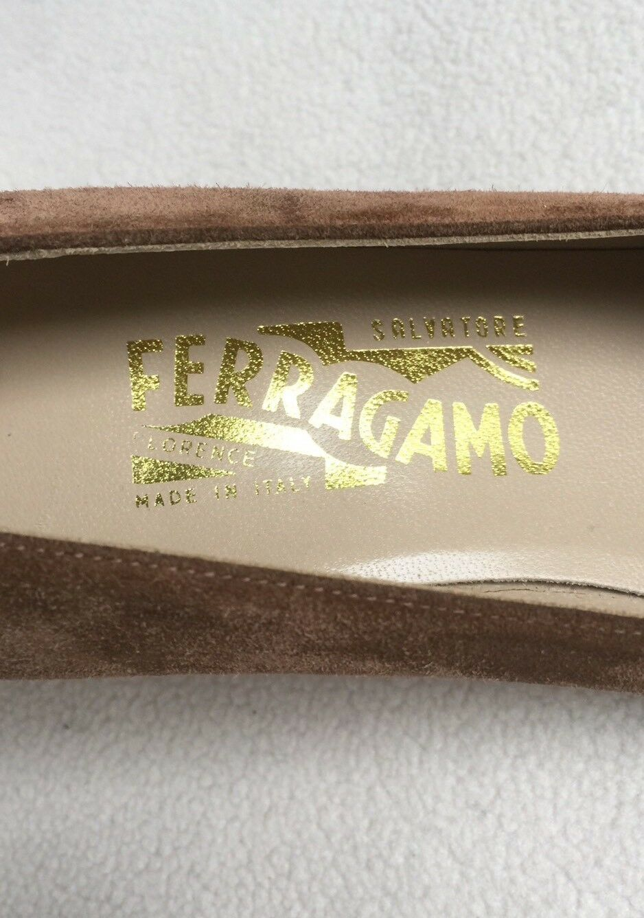 New Ferragamo Suede Tan Light Braun Suede Ferragamo Pumps Heels  sz 8 AA 1960be