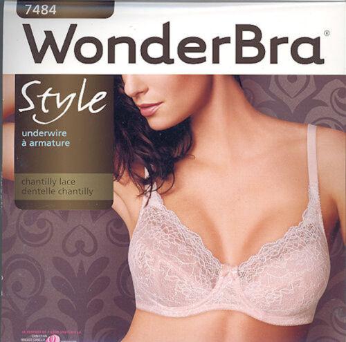 Style W7484 WonderBra underwire Chantilly Lace Bra