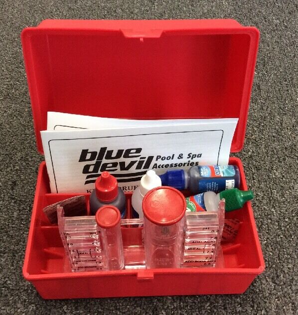 4 in 1 Test Kit for Swimming Pool / Spa ( Chlorine / Bromine , pH and Alkalinity