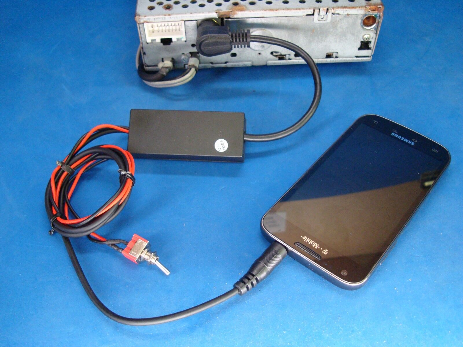 us seller clarion smartphone ipod iphone 3 5mm aux input 13 pin c rh ebay com Clarion XMD3 Replacement For Clarion XMD3 iPod Adapter