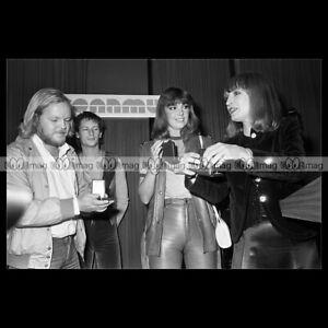 phs-006862-Photo-EARTH-AND-FIRE-RAMSES-SHAFFY-amp-LIESBETH-LIST-1980