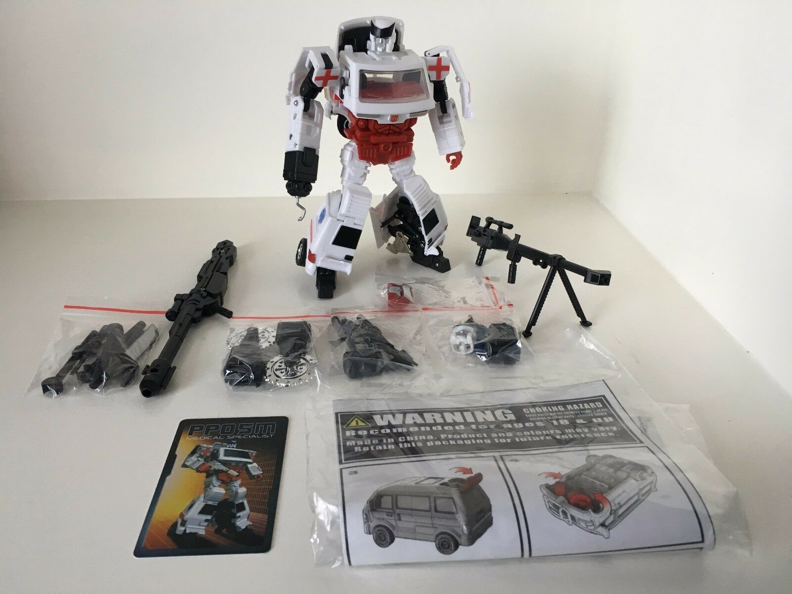 Transformers Masterpiece iGear PP05M Medical Specialist aka MP Ratchet Used