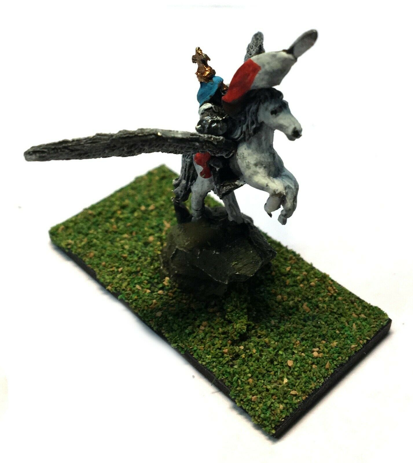 Warmaster - Bretonnian Hero on Pegasus - 10mm - Painted