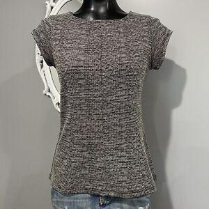 Small-TAHARI-Womans-Black-White-Combo-Woven-Cap-Sleeve-Blouse-Top