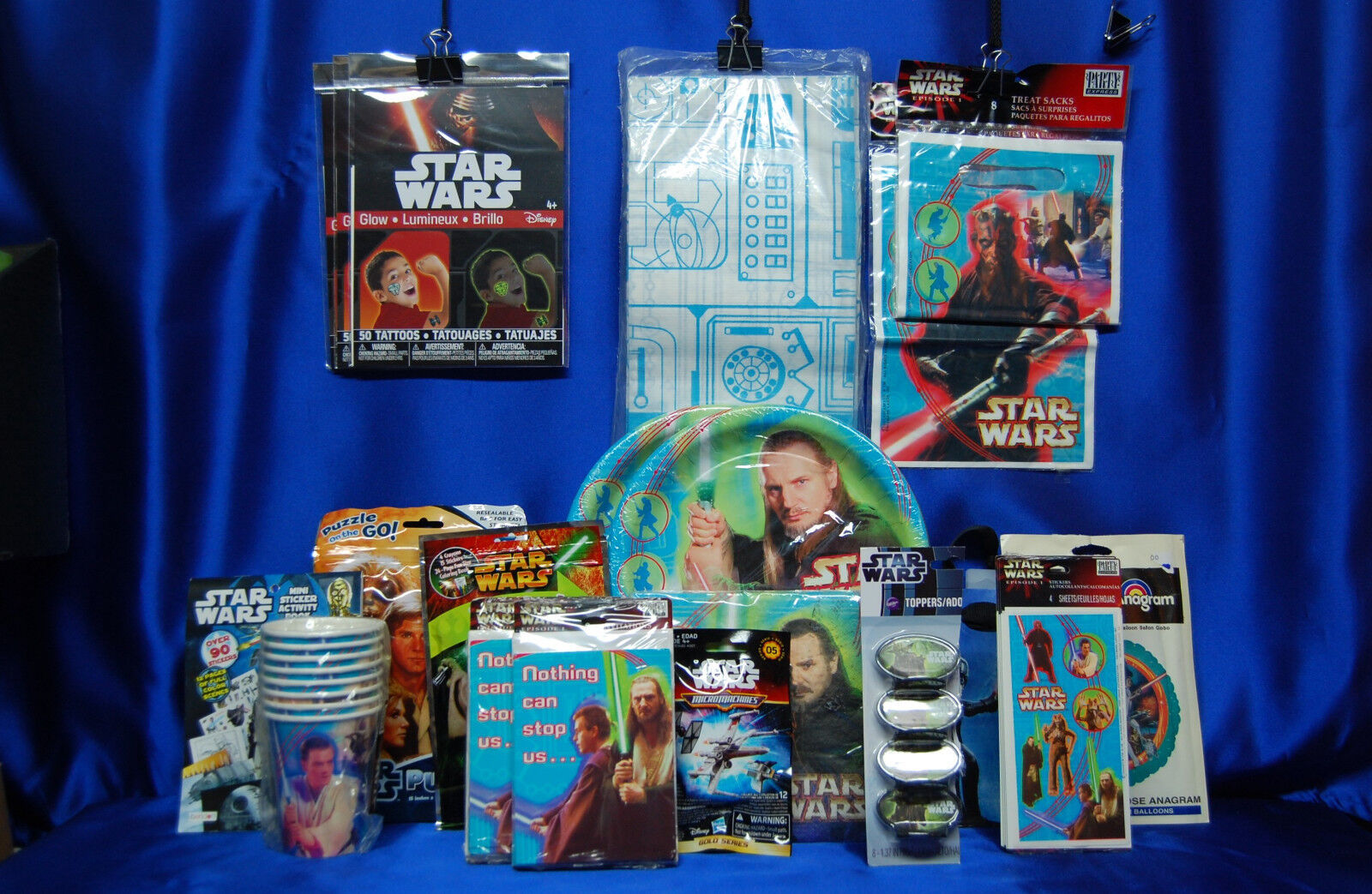 Episode 1 Party Set   21 Star Wars Cups Plates Napkins Tablecover Invites ++