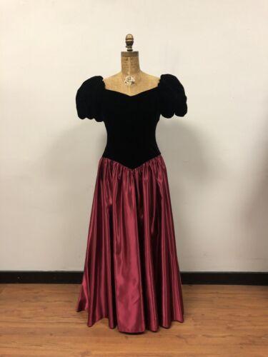 WOW! Details about  /Fabulous Vintage 1980s Black Velvet Pink Satin Gown Dress Bow