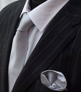 Strict Tie Cravate Avec Mouchoir Argent-afficher Le Titre D'origine