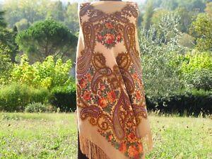 5122f2ba77940 Châle 146 x 146 cm 100% laine, franges soie authentique PAVLOVO ...