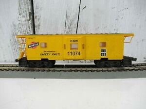 Walthers-HO-CNW-International-Bay-Window-Caboose-Road-11074