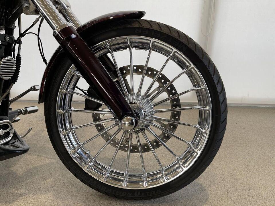 Harley-Davidson, FXSB 103 Breakout, ccm 1690