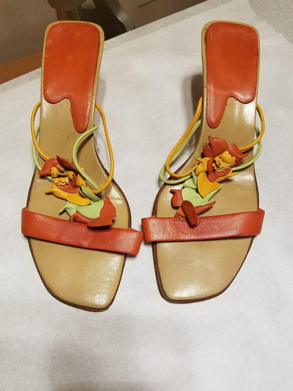 Ursula Mascaro genuine Leder slides with flower embellishments.,as 37