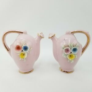 Vtg-Japan-Pink-Gold-Ceramic-Teapot-Kettle-Spaghetti-Trim-Salt-amp-Pepper-Shakers