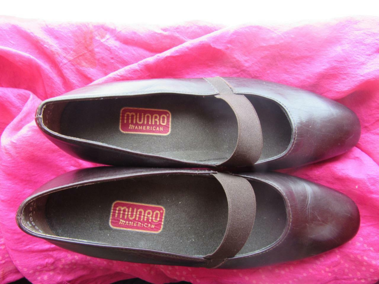 MUNRO SHOES BROWN LEATHER MARY SIZE JANES PUMPS W ELASTIC SIZE MARY 6.5 M/37 MADE IN USA 94994e