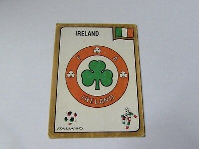 425 IRELAND HUGHTON VERY GOOD//MINT CONDITION!! Panini ITALIA 90 N