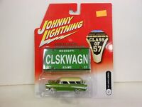 Johnny Lightning Class Of 57 1957 Chevy Nomad Green (die-cast-1:64 Scale)