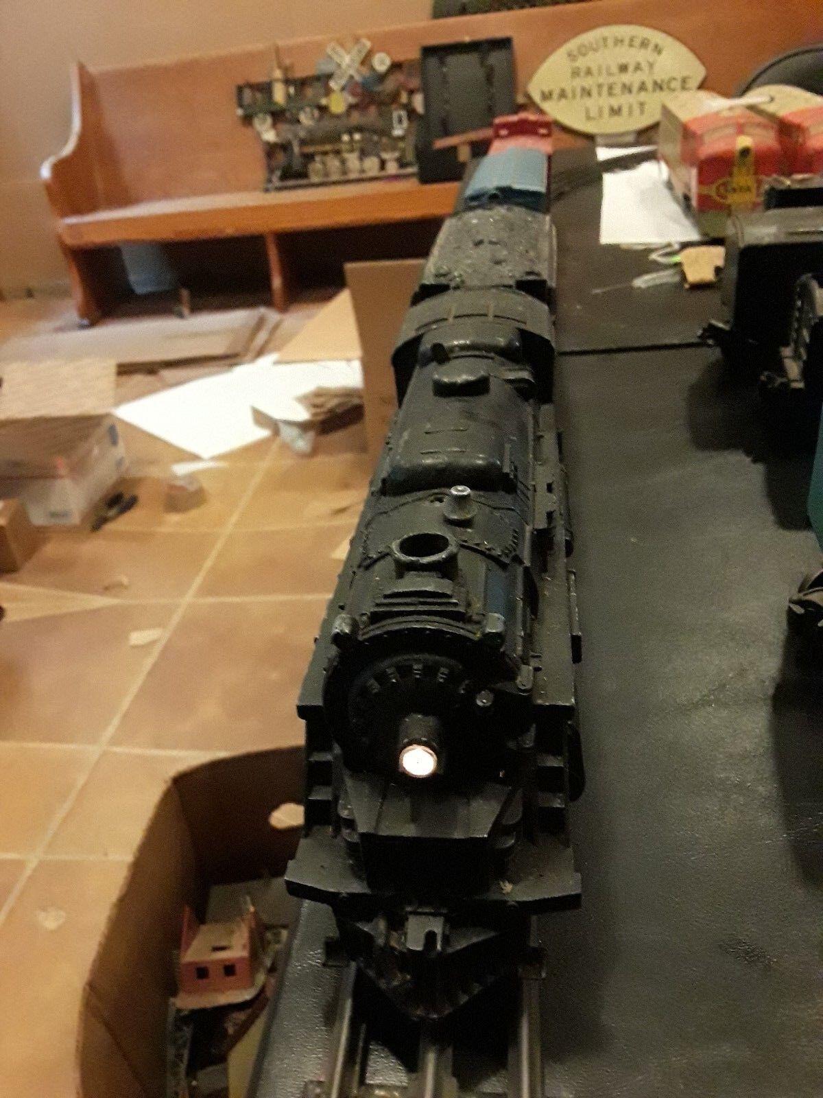 Lionel 027 2026 2-6-4 Locomotive + tender +3 cars SET