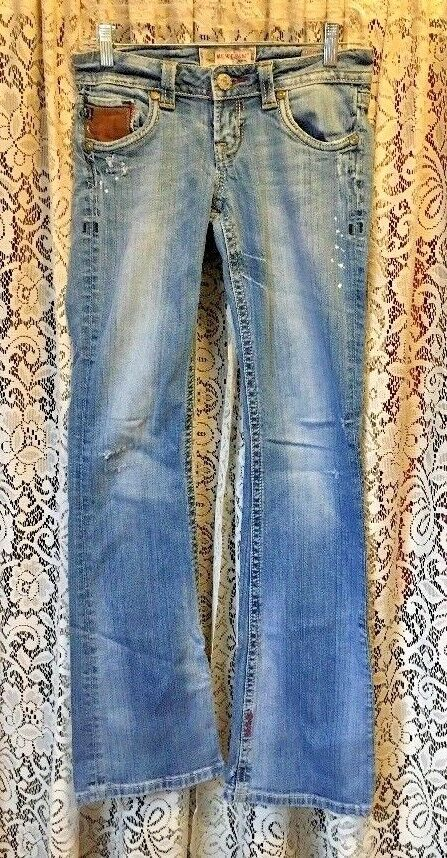 Junior Mek Austin Stretch Medium Wash Distressed Denim bluee Jeans 26X34 EUC