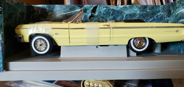 American Muscle 1/18 Die Cast Cars 1964 Chevy Impala SS Convertible