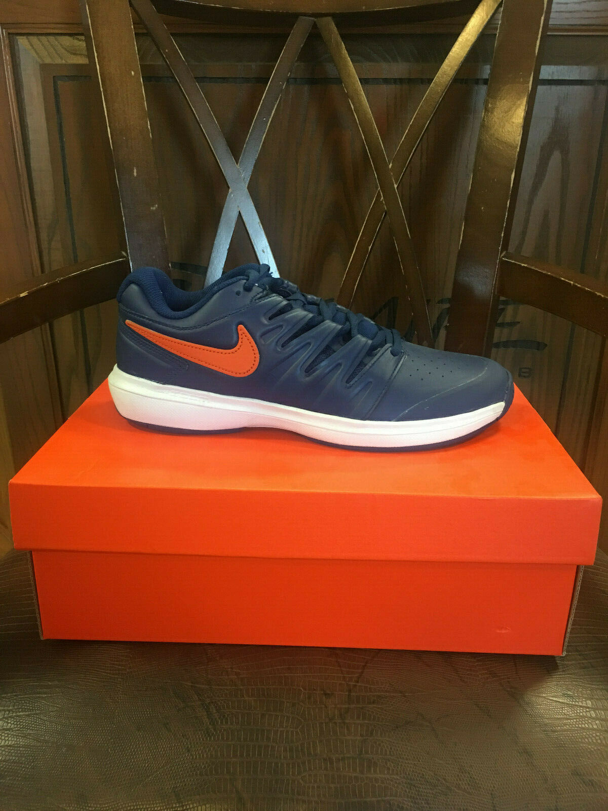 NIKE AIR ZOOM PRESTIGE LEATHER HC. BRAND NEW MENS TENNIS SHOES. MULTIPLE SIZES