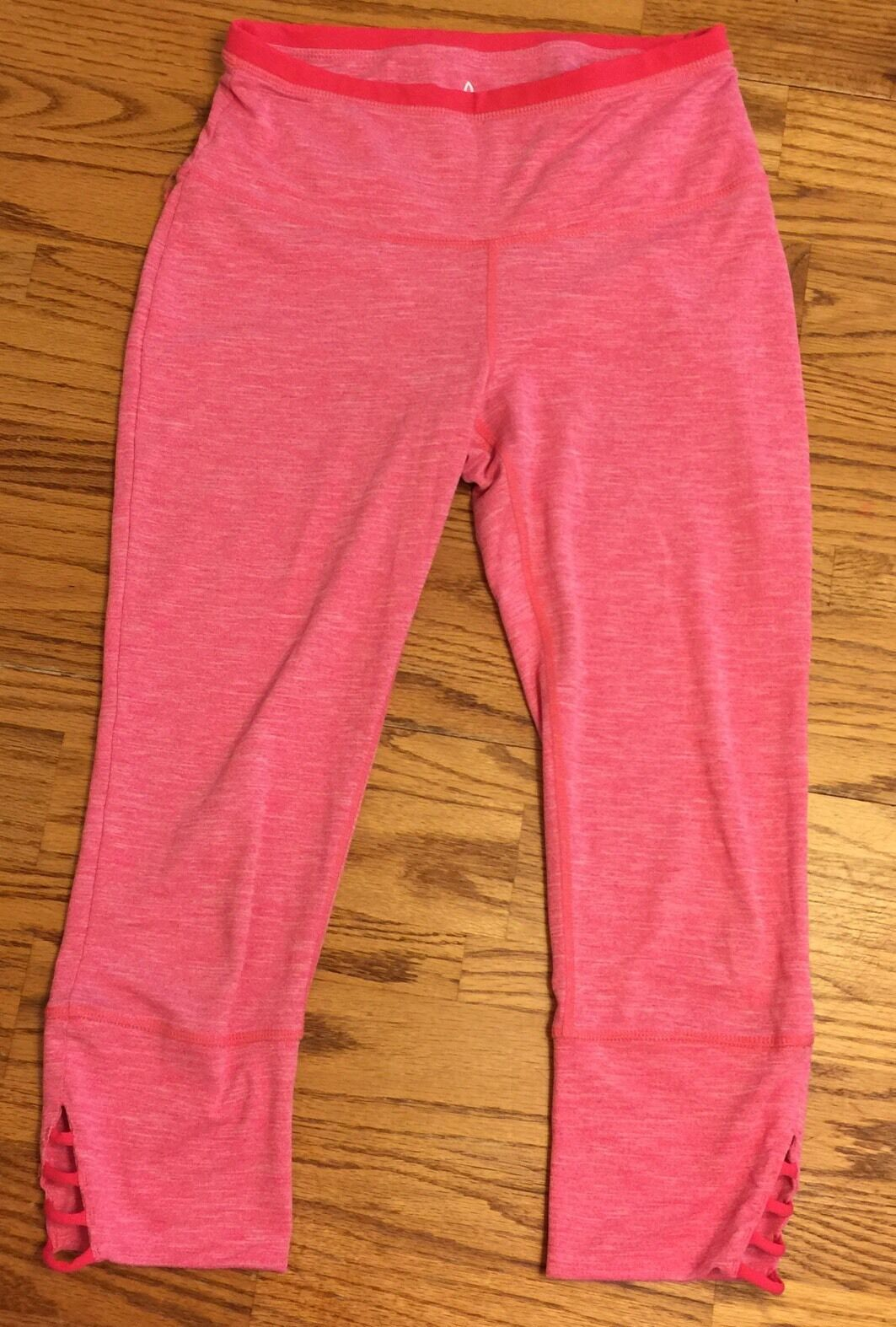 Pink PrAna Yoga Workout Capri Pants Size Small Stretch Rare Design Super Nice
