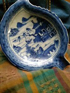 Antique 19th C Chinese Canton Porcelain Blue & White Leaf Shape Dish Plate  RARE