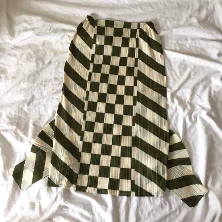 ISSEY MIYAKE PLEATS PLEASE Pleated Checkerot Sarrouel Pants Größe 3 L From JAPAN