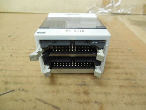 Keyence Connector KL-32CT KL32CT Used