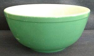 Vintage ~ PYREX ~ Primary Green ~ NESTING MIXING BOWL ~ 4½-Quart Capacity